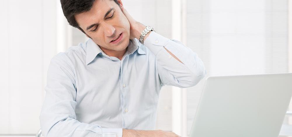 Dolore al collo: come eliminarlo con l'Esercizio Fisico